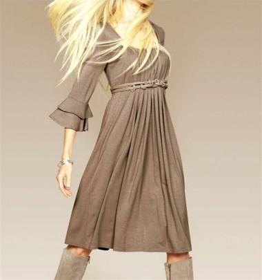 Kleid mit Gürtel, taupe von APART