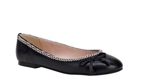 APART Nappaleder Ballerinas schwarz mit Kette verziert