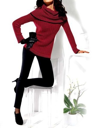 Rollkragenpullover, rot-schwarz von Ashley Brooke