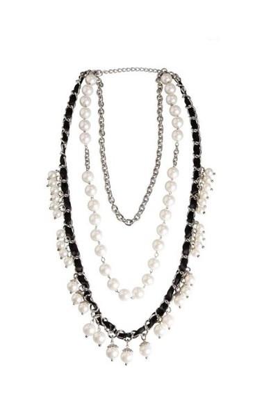Kette mit Perlen, silber-weiß-schwarz von APART