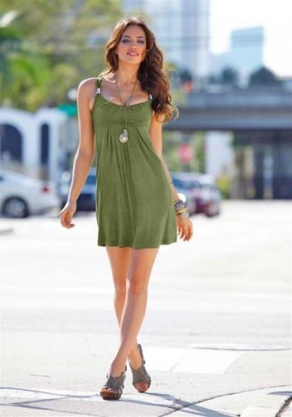 Kleid mit Schmuckelement, khaki von Laura Scott