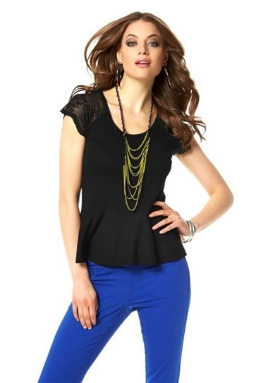 Shirt mit Spitze, schwarz von Laura Scott